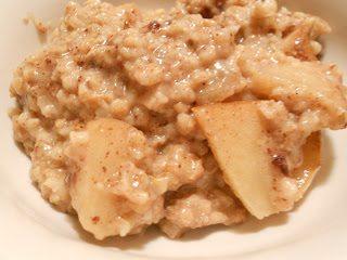 Apple Cranberry Crock Pot Oatmeal