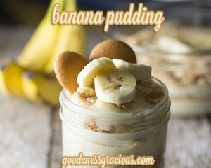 Classic Banana Pudding Recipe: The traditional dessert recipe that everyone loves! Homemade pudding, bananas and nilla wafers. Yum!